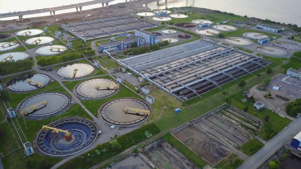 Ventajas de una planta de tratamiento de aguas residuales.